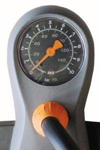 SKS Stand-Luftpumpe mit Manometer und Duokopf für alle Ventilarten Air X-Press